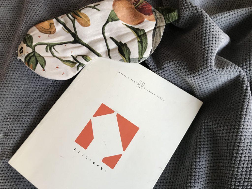 książki_HankaWarszawianka_pionierki