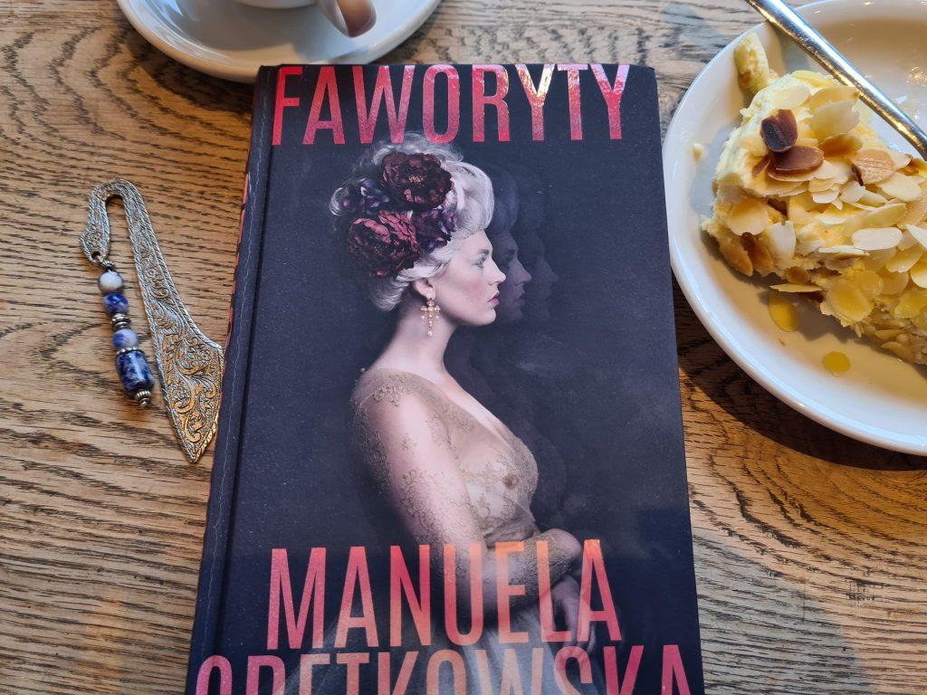 książki warszawskie faworyty gretkowska